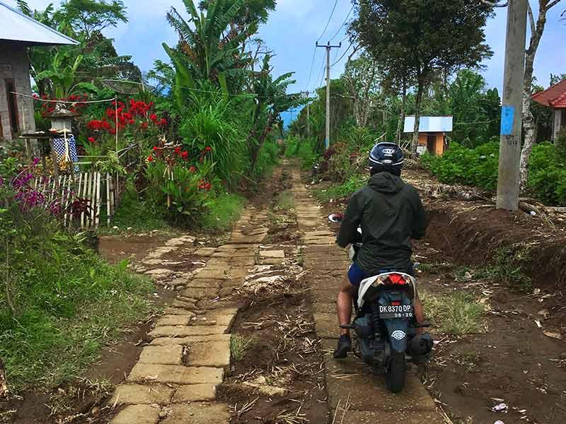 Munduk Bali North Ubud waterfall dirt road